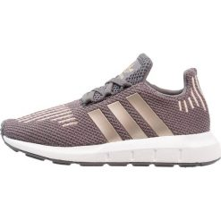 Adidas Originals SWIFT RUN Tenisówki i Trampki grey five/copper metallic/footwear white. Szare tenisówki męskie marki adidas Originals, z materiału. Za 279,00 zł.