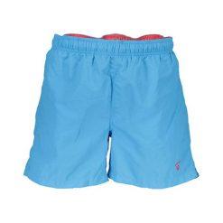 Szorty kąpielowe w kolorze jasnoniebieskim. Niebieskie kąpielówki męskie marki GANT. W wyprzedaży za 139,95 zł.