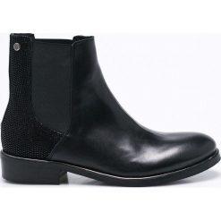 Tommy Hilfiger - Botki Polly. Szare buty zimowe damskie marki TOMMY HILFIGER, m, z nadrukiem, z bawełny, casualowe, z okrągłym kołnierzem. W wyprzedaży za 499,90 zł.