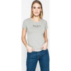 Pepe Jeans - Top New Virginia. Szare topy damskie Pepe Jeans, l, z nadrukiem, z bawełny, z okrągłym kołnierzem. W wyprzedaży za 84,90 zł.