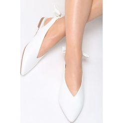 Białe Balerinki Heart's on Fire. Białe baleriny damskie lakierowane vices. Za 69,99 zł.