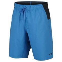 Oakley Core Richter W Short Ozone S. Niebieskie spodenki sportowe męskie marki Oakley, na lato, z bawełny, eleganckie. W wyprzedaży za 129,00 zł.