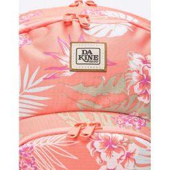 Dakine - Plecak Eve. Różowe plecaki damskie Dakine, w paski, z materiału. W wyprzedaży za 199,90 zł.