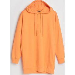 Bluzy rozpinane damskie: Długa bluza z kapturem - Pomarańczo
