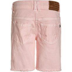 American Outfitters Szorty jeansowe power pink. Czerwone szorty jeansowe damskie marki American Outfitters. W wyprzedaży za 174,85 zł.