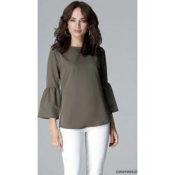 Bluzka L010 Oliwka. Szare bluzki wizytowe marki Pakamera, l, eleganckie, z falbankami. Za 119,00 zł.