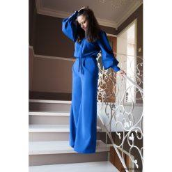 Niebieski kombinezon damski wieczorowy. Niebieskie kombinezony eleganckie Pakamera, z tkaniny. Za 199,00 zł.