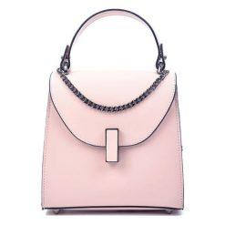 Torebki klasyczne damskie: Skórzana torebka w kolorze różowym – (S)18 x (W)19 x (G)8 cm