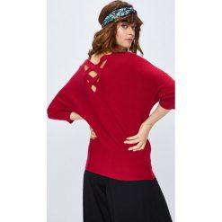 Medicine - Sweter Basic. Czerwone swetry oversize damskie MEDICINE, l, z dzianiny. W wyprzedaży za 71,90 zł.
