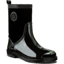 Kalosze TOMMY HILFIGER - Oxford 8RW FW0FW01816 Black 990. Czarne buty zimowe damskie marki Lemon Jelly, z gumy. W wyprzedaży za 319,00 zł.