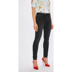 Tommy Jeans - Jeansy Naomi. Czarne jeansy damskie Tommy Jeans. Za 399,90 zł.