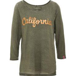 True Religion CALIFORNIA Bluzka z długim rękawem olive. Zielone bluzki asymetryczne True Religion, s, z bawełny, z długim rękawem. Za 379,00 zł.