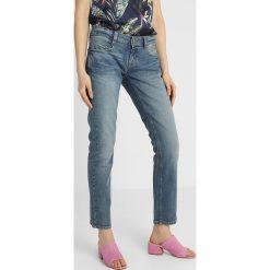 Freeman T. Porter DESTYNEE Jeansy Straight Leg norad. Niebieskie jeansy damskie marki Freeman T. Porter. Za 419,00 zł.