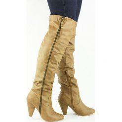 Wysokie Kozaki Muszkieterki Prawdziwie Kuszące. Brązowe buty zimowe damskie Merg, z materiału, na wysokim obcasie. Za 119,00 zł.