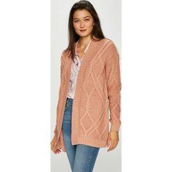 Vero Moda - Kardigan. Różowe kardigany damskie marki Vero Moda, l, z acetatu. Za 149,90 zł.
