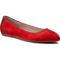 Baleriny GINO ROSSI - Marisa DAF642-306-4900-7100-0 33. Czerwone baleriny damskie zamszowe Gino Rossi, na płaskiej podeszwie. W wyprzedaży za 209,00 zł.