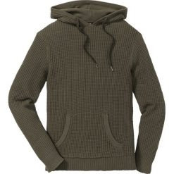 Sweter z kapturem Regular Fit bonprix ciemnooliwkowy melanż. Zielone swetry klasyczne męskie marki bonprix, l, melanż, z kapturem. Za 74,99 zł.
