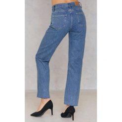 Calvin Klein Jeansy HR Straight Ankle Step - Blue. Niebieskie proste jeansy damskie marki Calvin Klein, z bawełny. W wyprzedaży za 143,69 zł.