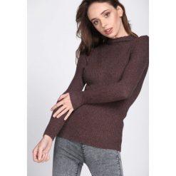 Brązowy Sweter By Birth. Brązowe swetry klasyczne damskie marki Born2be, uniwersalny, ze stójką. Za 34,99 zł.