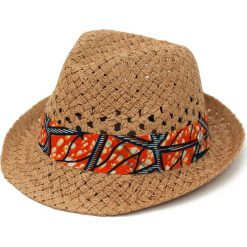 Kapelusz damski Asian vibes brązowy. Brązowe kapelusze damskie Art of Polo. Za 45,72 zł.