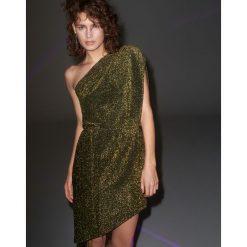 Brokatowa sukienka na jedno ramię - Zielony. Zielone sukienki na komunię marki Reserved, l. Za 119,99 zł.