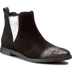 Sztyblety CARINII - B3675 I40-000-PSK-B50. Czarne buty zimowe damskie Carinii, z materiału, na obcasie. W wyprzedaży za 219,00 zł.