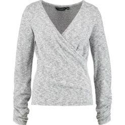 Swetry klasyczne damskie: Dorothy Perkins RUCHED WRAP TOP Sweter grey