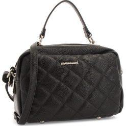Torebka MONNARI - BAG5870-020 Black. Czarne torebki klasyczne damskie Monnari, ze skóry ekologicznej. W wyprzedaży za 149,00 zł.