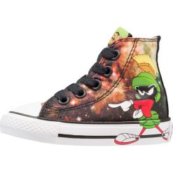 Converse CHUCK TAYLOR ALL STAR HILOONEY TUNES/MARVIN Tenisówki i Trampki wysokie black/green/white. Szare tenisówki męskie marki Converse, z materiału, na sznurówki. W wyprzedaży za 132,30 zł.