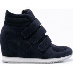 Gino Rossi - Botki Aimi. Czarne buty zimowe damskie marki Gino Rossi, z gumy, z okrągłym noskiem, na koturnie. Za 599,90 zł.