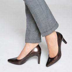 Buty ślubne damskie: Lakierowane czółenka metaliczne