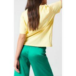 NA-KD Basic T-shirt oversize - Yellow. Różowe t-shirty damskie marki NA-KD Basic, z bawełny. Za 52,95 zł.