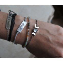 Srebrna bransoletka z motywem księżyca. Szare bransoletki damskie na nogę Pakamera, srebrne. Za 179,00 zł.