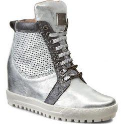 Sneakersy EKSBUT - 76-4129-369/F97/F94 Srebro Licowa. Szare botki damskie na obcasie Eksbut, ze skóry. W wyprzedaży za 269,00 zł.