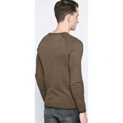 Review - Sweter. Szare swetry klasyczne męskie Review, l, z bawełny, z okrągłym kołnierzem. W wyprzedaży za 69,90 zł.