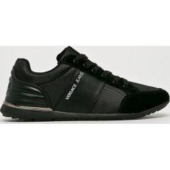 Versace Jeans - Buty. Czarne halówki męskie marki Asics, do piłki nożnej. W wyprzedaży za 459,90 zł.