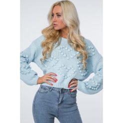 Sweter z serduszkami jasnoniebieski MISC216. Niebieskie swetry klasyczne damskie Fasardi. Za 119,00 zł.