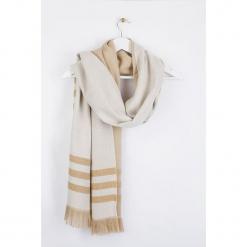 """Szal """"Brirayure"""" w kolorze beżowo-kremowym - 180 x 60 cm. Białe szaliki damskie Scottage, w paski, z wełny. W wyprzedaży za 58,95 zł."""