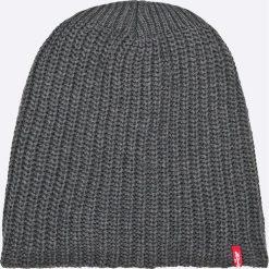 Levi's - Czapka. Brązowe czapki zimowe męskie Levi's®, na zimę, z bawełny. W wyprzedaży za 99,90 zł.
