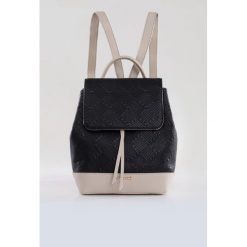 Plecak z wyszywanym wzorem. Szare plecaki damskie Monnari, ze skóry. Za 95,60 zł.