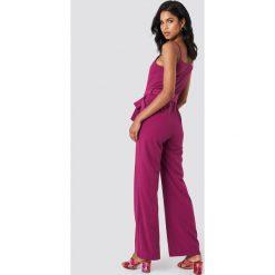 Kombinezony damskie: Trendyol Kombinezon z cienkimi ramiączkami - Purple