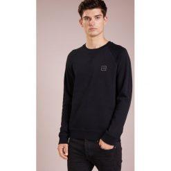 BOSS CASUAL WYAN Bluza black. Czarne bluzy męskie BOSS Casual, l, z bawełny. Za 499,00 zł.