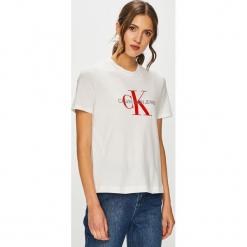 Calvin Klein Jeans - T-shirt. Szare t-shirty damskie Calvin Klein Jeans, l, z nadrukiem, z bawełny, z okrągłym kołnierzem. Za 229,90 zł.