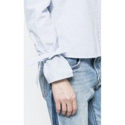 Vero Moda - Koszula Juljane. Szare koszule wiązane damskie marki Vero Moda, m, z bawełny, casualowe, z klasycznym kołnierzykiem, z długim rękawem. W wyprzedaży za 69,90 zł.