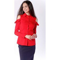 Nietuzinkowa Czerwona Koszula z Odkrytymi Ramionami i Falbanką. Czerwone koszule damskie marki Molly.pl, l, z falbankami, z długim rękawem. W wyprzedaży za 139,41 zł.