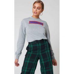 Bluzy damskie: NA-KD Trend Bluza Smoking Hot – Grey