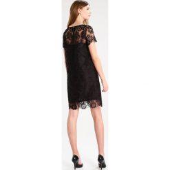 IBlues SALDA Sukienka koktajlowa black. Czarne sukienki koktajlowe marki iBlues, z materiału. W wyprzedaży za 593,55 zł.