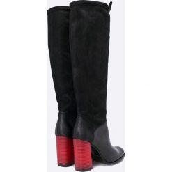 Carinii - Kozaki. Czarne buty zimowe damskie Carinii, z materiału, na obcasie. W wyprzedaży za 239,90 zł.