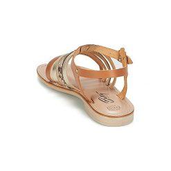 Sandały Betty London  IDALOME. Żółte sandały damskie marki Betty London. Za 125,30 zł.