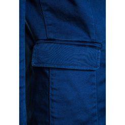 BOSS Kidswear VESTE DE COSTUME Marynarka hellblau. Niebieskie kurtki dziewczęce marki BOSS Kidswear, z bawełny. Za 509,00 zł.